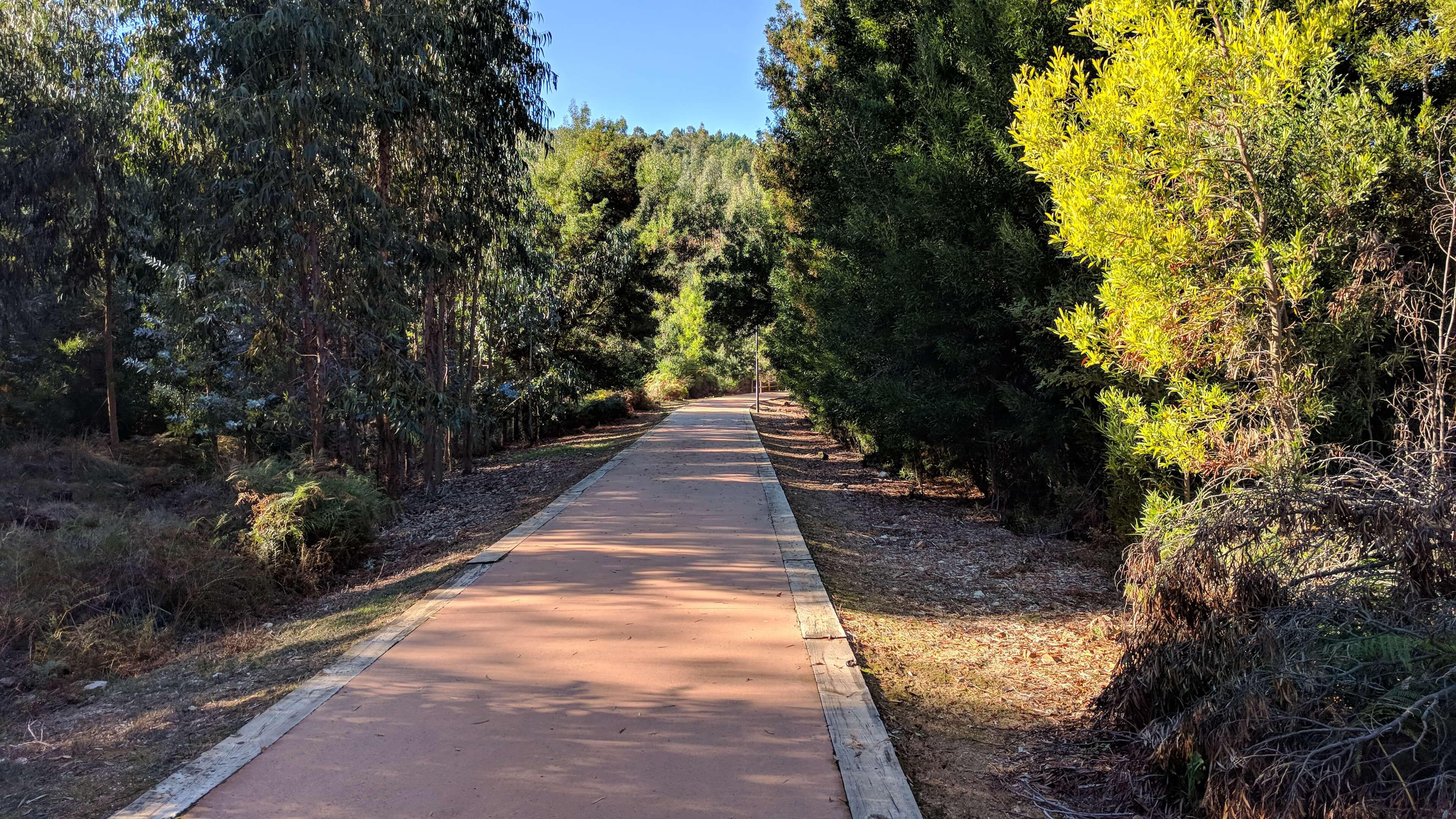 Van spoorlijn tot fietspad, direct vanaf het woonproject Easy Living Portugal